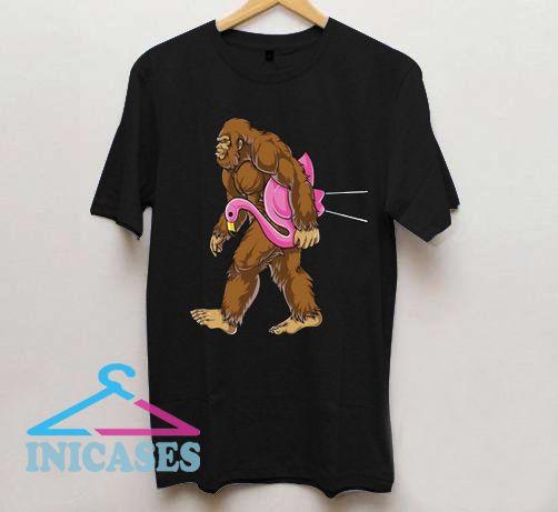 Bigfoot Carrying Lawn Flamingo T shirt