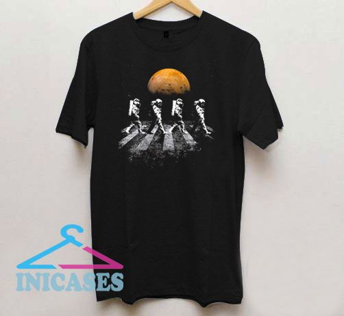 Astronauts in Walking in Space Occupy Mars T Shirt